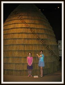 H - grass hut