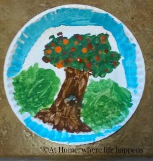 renoir-miss-js-tree-plate