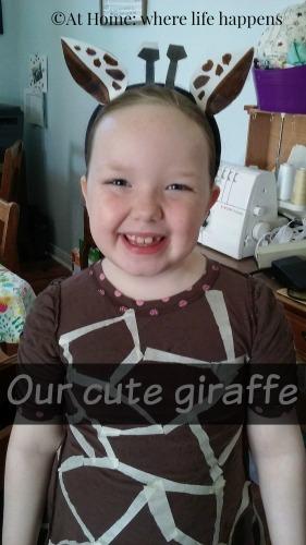 g-giraffe-smiles